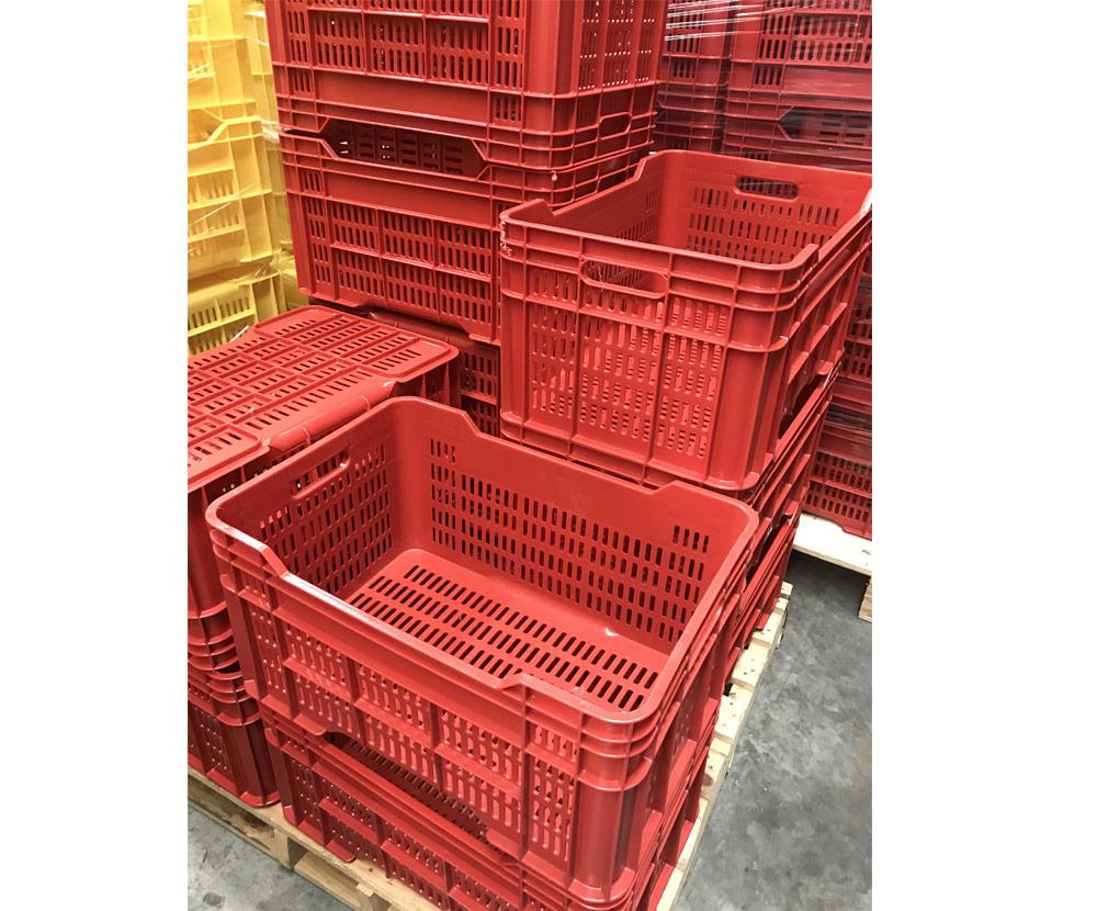 DE Vented Plastic Crate in Red colour
